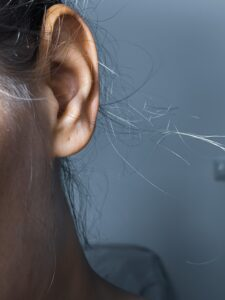 picture of womens ear